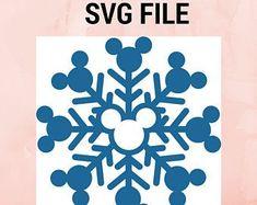 Disney Christmas Crafts, Disney Christmas Decorations, Mickey Christmas, Christmas Vinyl, Christmas Scrapbook, Disney Crafts, Xmas, Disney Diy, Vinyl Crafts