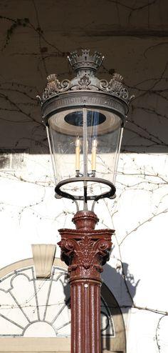 Hittorff Lamp Posts A11878