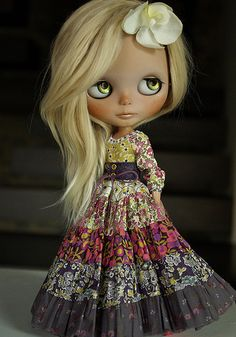 Must try to make a dress as beautiful as this.