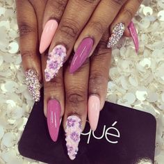 Lilac and pink stiletto nails Hot Nails, Swag Nails, Pink Nails, Hair And Nails, Fabulous Nails, Gorgeous Nails, Pretty Nails, French Nails Glitter, Fancy Nails