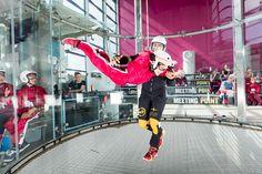Lapsi lentää Sirius Sportin tuulitunnelissa  Children flying at Sirius Sport wind tunnel