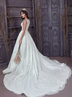 Featured Wedding Dress: Jorge Manuel; www.jorgemanuelweddings.com; Wedding dress idea.