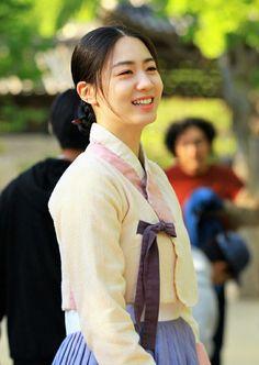 Korean Hanbok, Korean Dress, Korean Clothes, Korean Outfits, Korean Traditional, Traditional Outfits, Grand Prince, Formal Wear, Korean Fashion