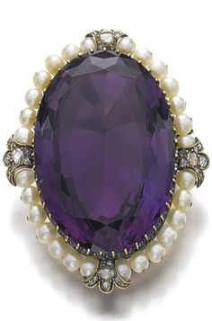 Rosamaria G Frangini | High Purple Jewellery | Amethyst, seed pearl and diamond brooch/pendant, late 19th century.