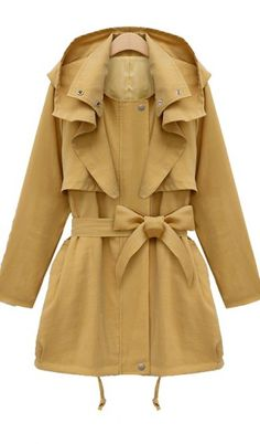 Wide collar windbreaker coat. girly coat