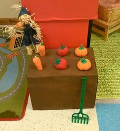 Preschool dramatic play center. Farm theme. The kids love this! Farm Activities, Autumn Activities, Creative Activities, Creative Kids, Preschool Farm, Dramatic Play Area, Dramatic Play Centers, Farm Theme, Garden Theme