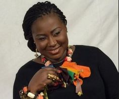 Gifty Anti flaunts indelible thumb and some blinks!    The Stand Point host Gifty Anti added her voice to the many celebs who urged citizens to cast their ballots in a grand style. The TV personality who tied the knot with Nana Kwao Ansah a year ago showed her finger marked with indelible ink after she had casted her vote yesterday; showing off her diamond studded wedding ring too. The ace broadcaster now Obaa Hemaa for Adumasa whose gesture can only be described as one of a patriotic…