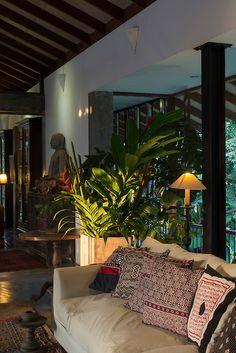Spa Interior, Interior And Exterior, Interior Design, Home Building Design, House Design, Ethnic Home Decor, Hotel Room Design, Tropical Architecture, Kerala Houses