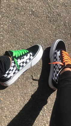 Shop new-season looks from the latest range of men's, women's and kids' shoes, clothes and backpacks at Vans. Vans Shoes Fashion, Shoes Sneakers, Vans Shoes Outfit, Vans Boots, Cool Vans Shoes, Fashion Outfits, Cute Vans, Aesthetic Shoes, Fresh Shoes
