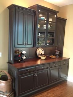 HUTCH BUILT BY JOSH MOYER WITH JLM WOODWORKING