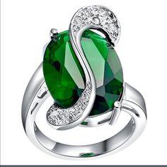 bec9230d1005a Sterling Silver Woman S Emerald Ring. Pedras, Safira Azul, Anéis De Prata,  Anéis