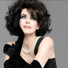 Elizabeth Taylor - such beauty. Not actually Liz Taylor,it's Dayle Haddon Hollywood Glamour, Vintage Hollywood, Hollywood Stars, Hollywood Actresses, Timeless Beauty, Classic Beauty, Pure Beauty, Most Beautiful Women, Beautiful People