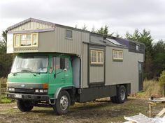 1987 Ford Hino - NZ Housetrucks