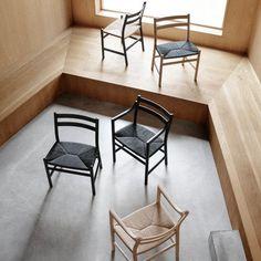 CH46/47 stol med, Design: Hans j. Wegner, kirke stol i træ. Carl Hansen & Søn.