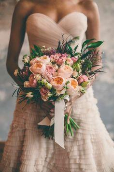 {Inspired} Ethereal Bridal Shoot in Kansas City | Head Over Heels Wedding Blog.