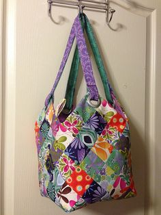 Quiltsmart MidiBag, slightly modified from pattern.