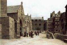 Φεύγοντας απο την Εκκλησία του Saint Melaine. (1875)