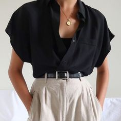 SOLD Vintage black silk short sleeve blouse best fits xs-m. DM or comment Top Fashion, Fashion Outfits, Fashion Tips, Style Fashion, Fall Fashion, Tomboy Fashion, Classy Fashion, Fashion Quotes, Dress Fashion
