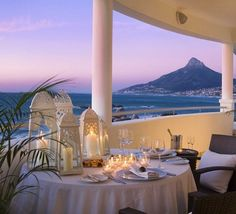 Cape Town Beauty  ~ I would love to go back someday http://www.travelandtransitions.com/destinations/destination-advice/africa/cape-town-travel-things-todo/