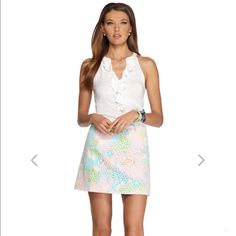 """Lilly Pulitzer Tate Lace Skirt Beautiful Lilly Pulitzer tale lace skirt. 17"""" from waist, skirt with center back zipper and printed lining detail.  Lenght: 15.5"""". NWOT Lilly Pulitzer Skirts Mini"""