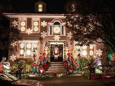 Stunning photos of the Dyker Heights holiday lights