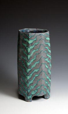 Peter Beard, Sculptural Artistic Ceramics with beauty and craft
