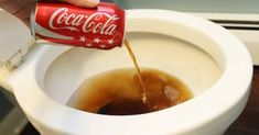 Coca Cola Can Be Deadly! 20 Practical Uses for Coca Cola. Toilet Cleaning, Car Cleaning, Cleaning Hacks, Bathroom Cleaning, Deep Cleaning, Bathroom Hacks, Bathroom Signs, Cleaning Service, Cleaning Products