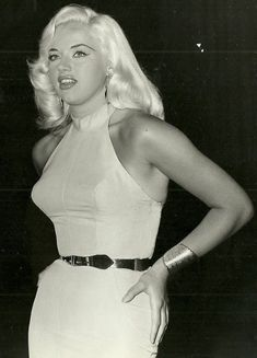 Diana Dors in Room 43 aka Passport To Shame Glamour Vintage, Glamour Hollywoodien, Vintage Beauty, Vintage Style, Vintage Fashion, Diana Dors, Classic Actresses, British Actresses, Hollywood Actresses
