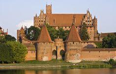 #castle #architecture #medieval #travel #wanderlust #malbork