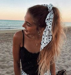 #tropical #fashion #beach #sun #sand #fun  #travel #love #cute  one or more people, outdoor and water. Scarf Hairstyles, Braided Hairstyles, Cool Hairstyles, Medium Hair Styles, Curly Hair Styles, Natural Hair Styles, Curly Wedding Hair, Bridal Hair, Boho Beach Style