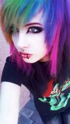 Cute Emo Girls, Emo Guys, Emo Hairstyles, Pretty Hairstyles, Scene Style, Scene Girls, Colored Hair, Crazy Hair, Ariel