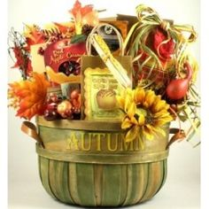 Deluxe Fall gift baskets to celebrate the harvest season. This one makes a great Thanksgiving gift basket too. Fall Gift Baskets, Halloween Gift Baskets, Gift Baskets For Women, Themed Gift Baskets, Gourmet Gift Baskets, Raffle Baskets, Gourmet Gifts, Halloween Gifts, Theme Baskets