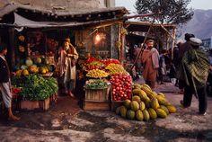 steve mccurry(1950- ), afghanistan. pul i khumri. 1992. http://www.magnumphotos.com/C.aspx?VP3=SearchDetail&VBID=24PVHK9OAJUXT&PN=4130&IID=2K7O3R9V4OE0