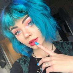 Stunning vivid turquoise on cutie - try our Teal Ombre kit for a similar look! Teal Ombre, Dyed Hair Blue, Teal Hair, Turquoise Hair, Haircut And Color, Street Chic, New Outfits, Hair Goals