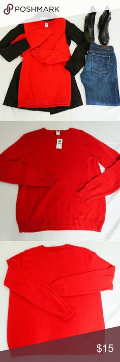 NWT GAP Knit Sweater New with tag . Size M. 60% cotton, 30% nylon, 10% wool. Bundle discount 20% for 3 items. Same day shipping. All offers are considered. GAP Sweaters Cardigans