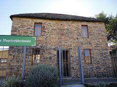 Musée Voortrekker à Pietermaritzburg. Kwazulu Natal, Live, Amazing Places, Museums, South Africa, The Good Place, Followers, Minimalism, African