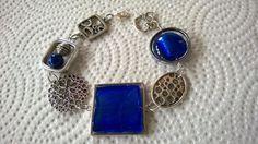 Royal blue jewelry set Royal blue bracelet by LesBijouxLibellule Funky Jewelry, Jewelry Sets, Unique Jewelry, Bohemian Bracelets, Beaded Bracelets, Bohemian Jewelry, Bleu Royal, Royal Blue, Bracelets Bleus