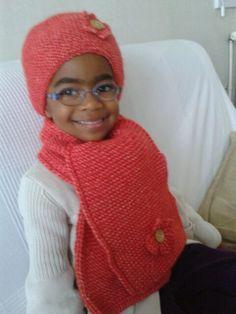 Bonnet et écharpe au tricot - point mousse