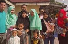 Keluarga Pramono Keluarga Yang Jadi Viral Karena diJual di OlShop
