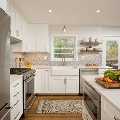 Statement tile and 650 Painted Linen spice up this one-of-a-kind space. Anna Gibson of Virginia Marble in Chantilly, VA designed this open concept kitchen. Open Concept Kitchen, Painting Cabinets, Spice Things Up, Kitchen Remodel, Living Spaces, Kitchen Cabinets, Virginia, Tile, Marble