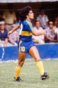 Diego Armando, Legends Football, Soccer Players, Nostalgia, Running, Iphone, Animals, World Football, Athlete