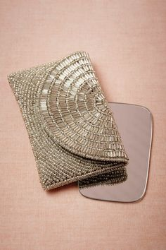 Metallurgy Compact from BHLDN; pretty clutch for essentials Beaded Clutch, Beaded Purses, Beaded Bags, My Bags, Purses And Bags, Bridal Accessories, Fashion Accessories, Moderne Outfits, Clutch Purse