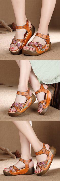 US$47.88 SOCOFY Hook Loop Open Toe Leather Flower Printing Retro Sandals