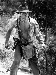 A gallery of Indiana Jones and the Temple of Doom publicity stills and other photos. Featuring Harrison Ford, Kate Capshaw, Jonathan Ke Quan, Steven Spielberg and others. Harrison Ford Young, Harrison Ford Indiana Jones, Indiana Jones Films, Harison Ford, Ford Mustang, Henry Jones Jr, Kate Capshaw, Indiana Jones Adventure, Star Wars