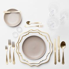 Muted taupes + golds  Our Anna Weatherley & Heath Ceramics Dinnerware + Chateau Flatware in Champagne Gold + Czech Crystal/Coupe Trios + Antique Crystal Salt Cellars #cdpdesignpresentation