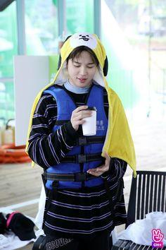 jimin run ep 83 Park Ji Min, Busan, Bts Jimin, Jhope, Mochi, K Pop, K Wallpaper, Jimin Wallpaper, Run Bts
