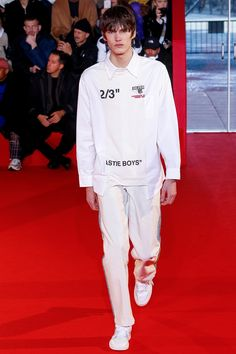 Off-White Fall 2018 Menswear Fashion Show Collection