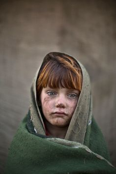 Muhammed Muheisen photographs Afghan refugee children in Islamabad - in pictures