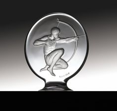 ❤ - René Lalique   Lalique Car Mascot. Tireur d'Arc - 1932.