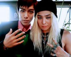 T.O.P (탑) and G-Dragon (지드래곤) of Big Bang (빅뱅)